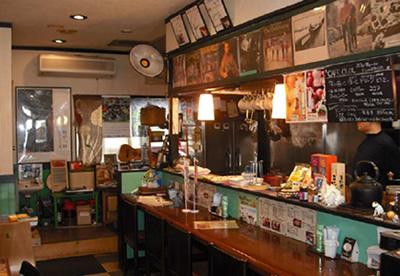 カフェ・キョール 店内1